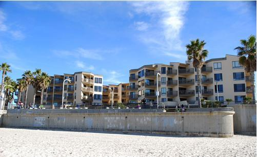 See the Sea exterior view from the beach - September! At the Beach and Boardwalk! in Pacific Beach! - San Diego - rentals