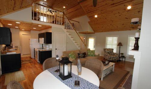 View of greatroom - Mill Springs Cabins, Lakeside with Hot tub! - Brookport - rentals