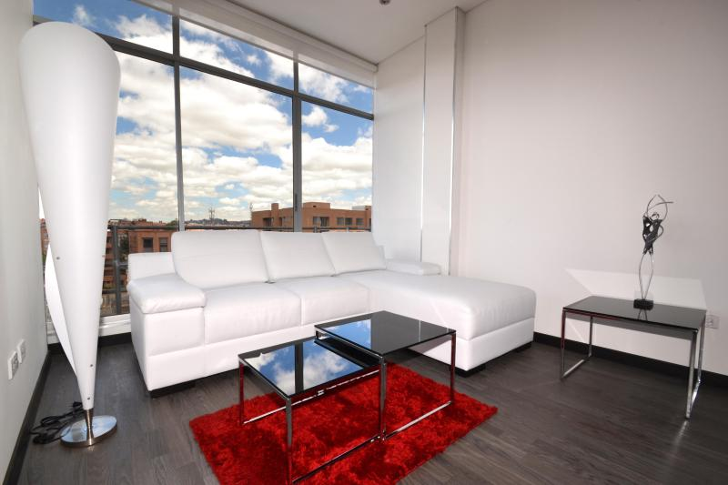 4 mins to Unicentro stylish condo at a great price - Image 1 - Bogota - rentals
