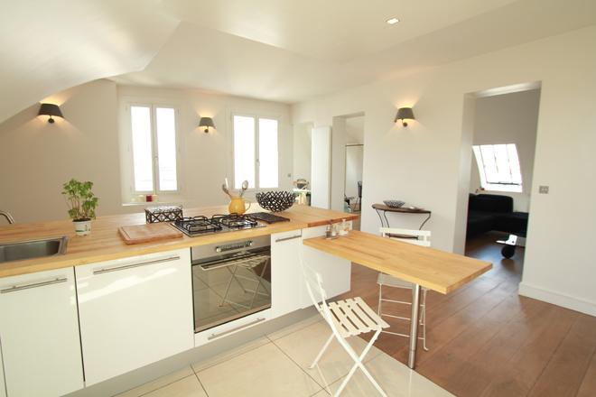 The open, fully equipped kitchen - Last minute offer/ Luxury Apt with Dramatic Views - 6th Arrondissement Luxembourg - rentals