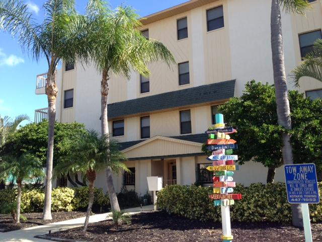 Serenity on Clearwater Beach Unit 5 - Image 1 - Clearwater - rentals