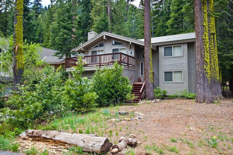 Tahoe City Vacation Home-Hot tub and Pet-friendly - Image 1 - Tahoe City - rentals