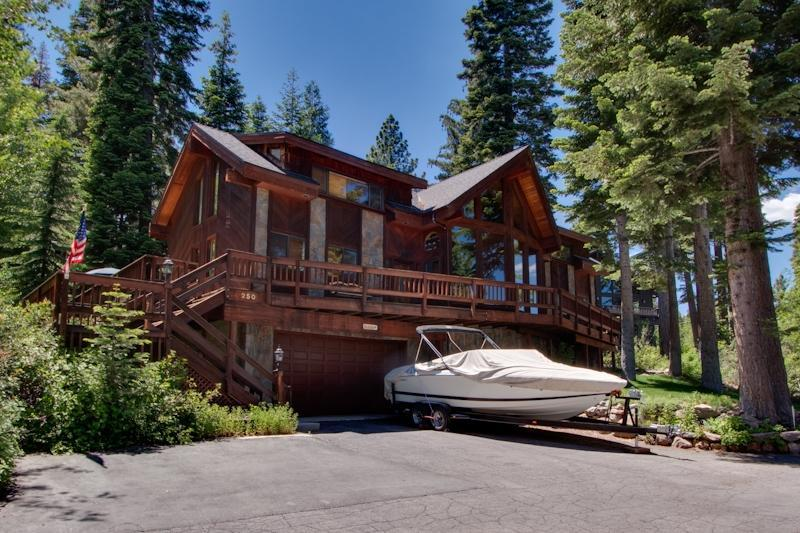 Tahoe City-Dollar Point-Hot Tub-Pool Table Lakevie - Image 1 - Tahoe City - rentals