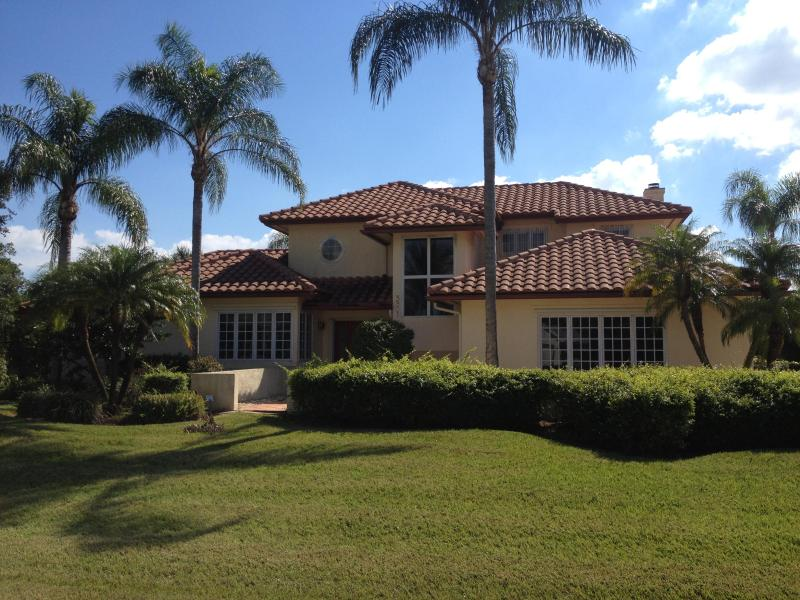 Luxury villa next to Club Med Sandpiper Bay - Image 1 - Port Saint Lucie - rentals