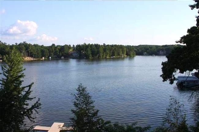 View of Lake Delton - Wisconsin Dells Luxury 3 BR Condo on Lake Delton - Wisconsin Dells - rentals