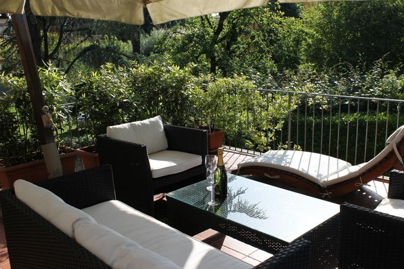 terrace - La Terrazza - a large terrace inside the walls - Lucca - rentals