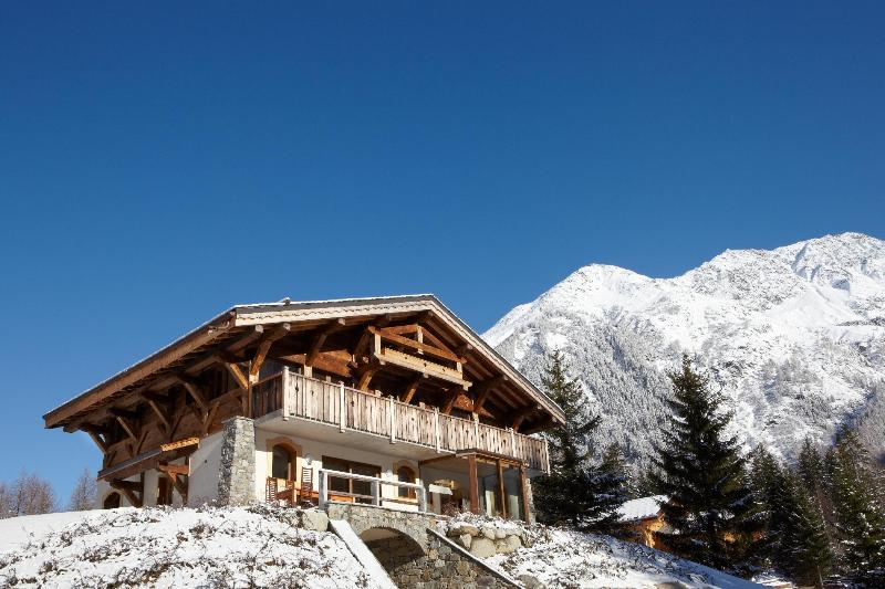 Excellent views of Mont Blanc Mountain Range - 5* Luxury Chalet - Argentiere, Chamonix - Chamonix - rentals