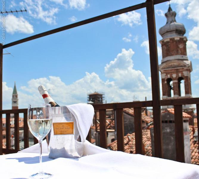 Relaxing moments in the exclusive panoramic deck terrace! Altana Albachiara - Altana Albachiara The best view of Venice - Venice - rentals