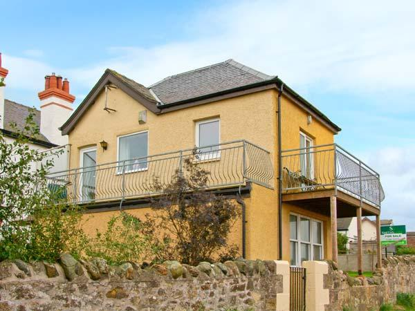 THE OLD COASTGUARD LOOKOUT, stunning sea views, balconies, touring base, Cove Ref 13338 - Image 1 - Cove - rentals
