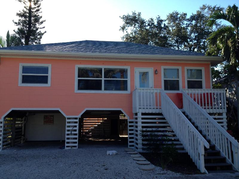 THE COCONUT COTTAGE - COCONUT COTTAGE ---- Great Fall Rates!!!!!! - Fort Myers Beach - rentals