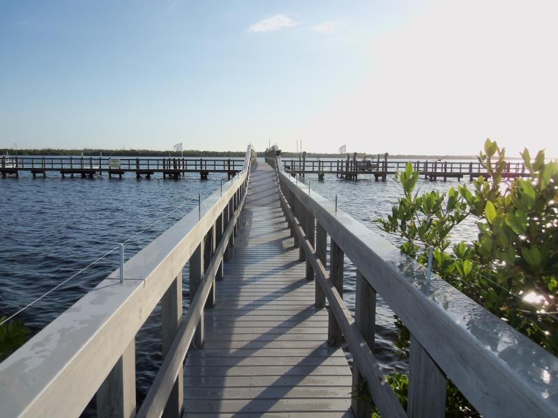 Walk out to the Dock - Gorgeous Views in Artsy Matlacha Village - Florida - rentals