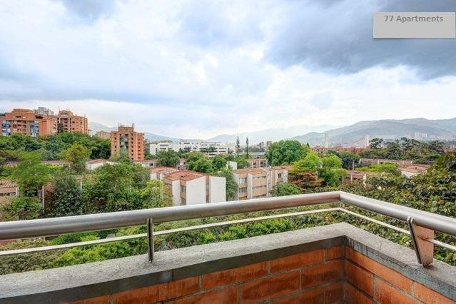 Private Room in a Shared Apartment at Medellin, Poblado, close to EAFIT/Lleras, Pool and Gym, F2 - Image 1 - Medellin - rentals