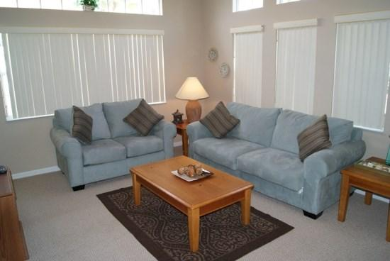 Living Area - LB4T917PTC 4 Bedroom Modern Town Home Stylishly Furnished - Kissimmee - rentals