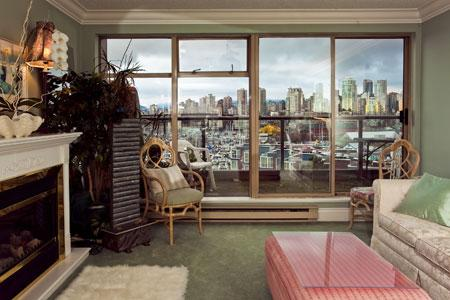 1 Bedroom with Mountain Views - Image 1 - Vancouver - rentals