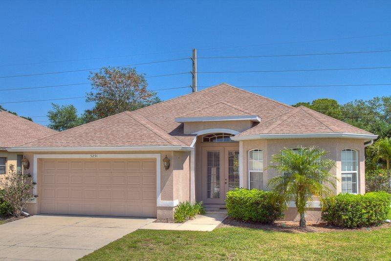 Front of Home - (MB01) Great Sarasota Vacation Rental only 10 minutes to Siesta Key - Sarasota - rentals