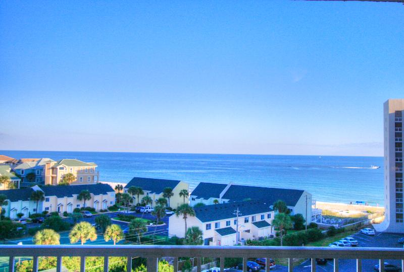 Shoreline Towers 3083 - Book Online! Gorgeous Gulf Views in Destin! Low Rates! Buy 3 Nights or More Get One FREE! - Image 1 - Destin - rentals