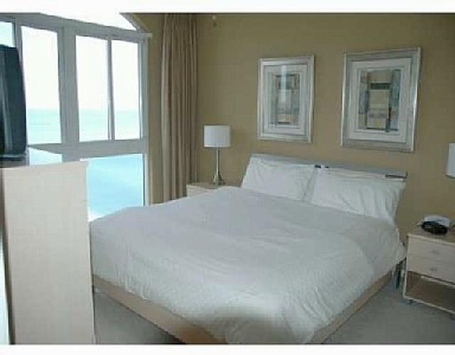 LUXURY OCEANFRONT VACATION RENTAL - Image 1 - Miami - rentals