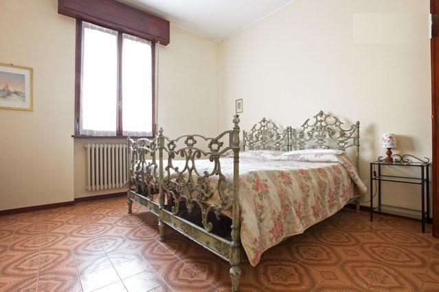Apartment close to Parco Ducale/Ospedale Maggiore - Image 1 - Parma - rentals