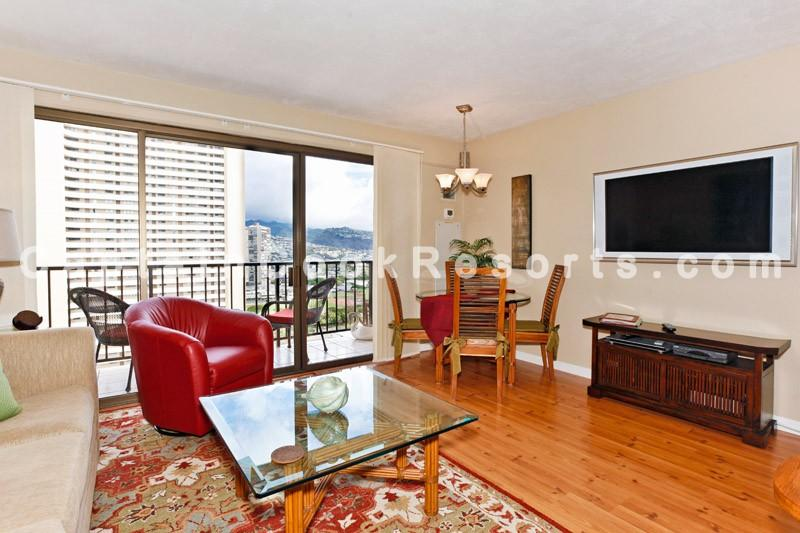 Four Paddle #2311 - Mountain view 1-bedroom with full kitchen, AC, washer/dryer, WiFi, parking. - Image 1 - Waikiki - rentals