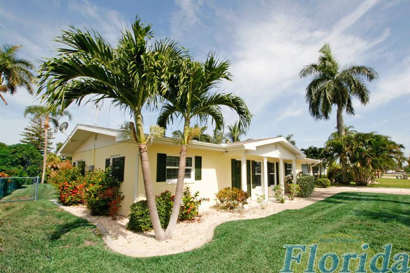 Inviting vacation home with a great boating location: Rent a little piece of paradise! - Villa Little Paradise - Cape Coral - rentals