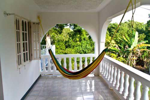 PARADISE PSI - 91451 - BARGAIN | VIBRANT | BOUTIQUE B&B | UPPER QUEEN ROOM WITH POOL - NEGRIL - Image 1 - Negril - rentals