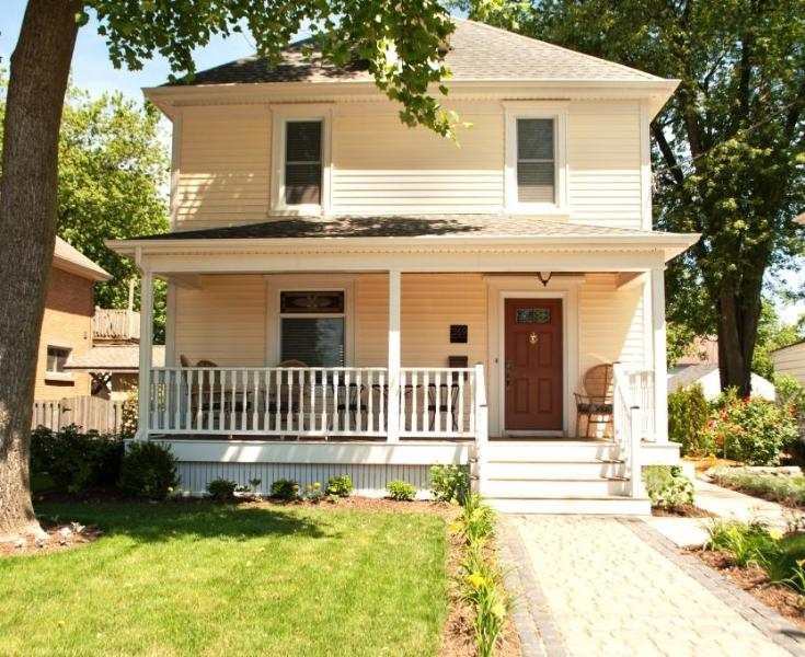 Front of home - Waterfront Retreat - Walk to the Canal! - Port Colborne - rentals