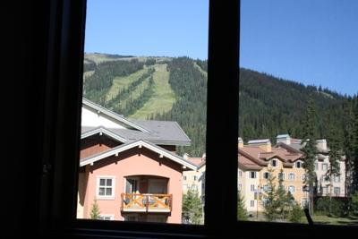 View From The Living Room - Kookaburra Village Center - 207 - Sun Peaks - rentals