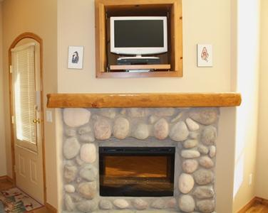 Fireplace & Flatscreen TV - Crystal Forest Condos - 69 - Sun Peaks - rentals