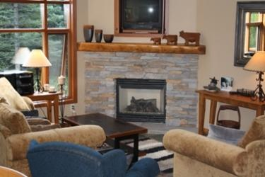 Living Area With Fireplace & TV - Trail's Edge Townhouses - 40 - Sun Peaks - rentals