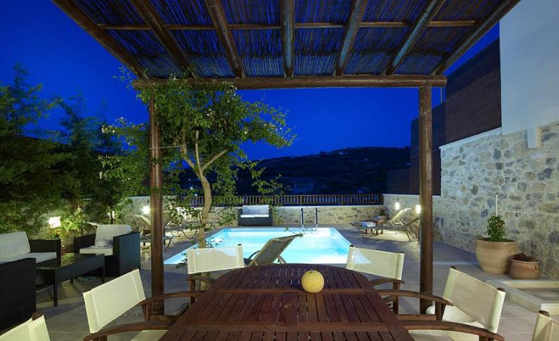 3 bedroom Villa Sgourokefali in Heraklion, Crete - Image 1 - Heraklion - rentals