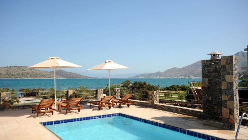 3 bedroom Villa on the Beach in Elounda, Crete - Image 1 - Elounda - rentals