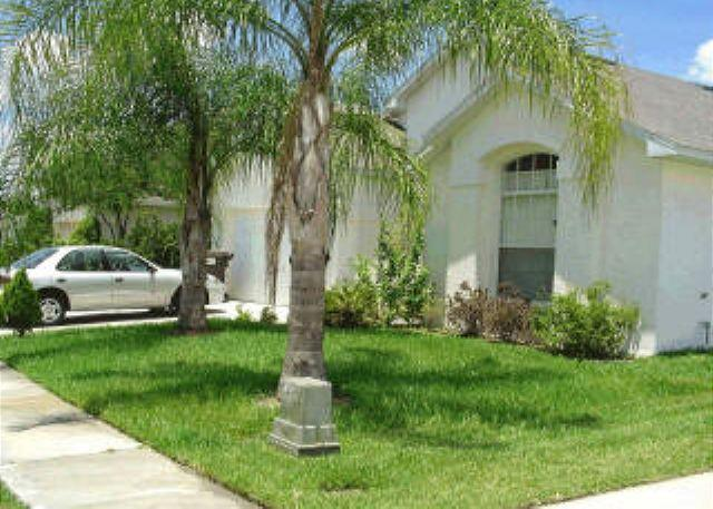 BEAUTIFUL 3 BED 2 BATH POOL VACATION HOME - Image 1 - Kissimmee - rentals