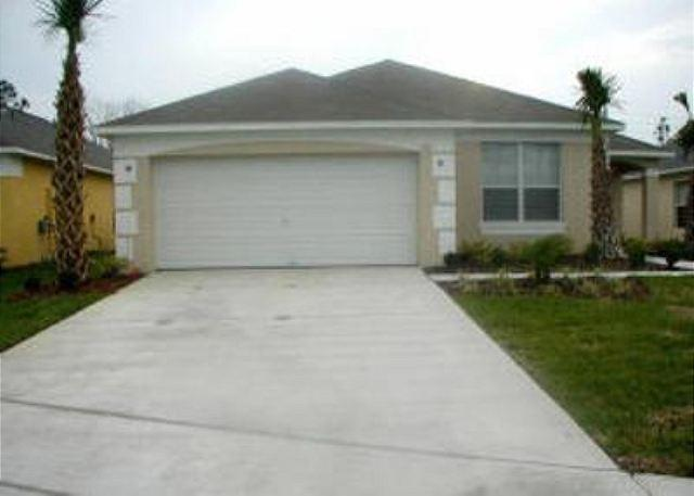 4 BED/ 3 BATH VACATION OME WITH PRIVATE POOL AND GAME ROOM! - Image 1 - Kissimmee - rentals