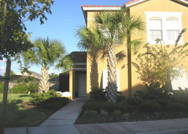4 BEDROOM 3 BATHROOM TOWN HOME WITH POOL IN GATED COMMUNITY - Image 1 - Kissimmee - rentals