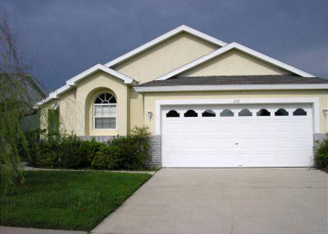 4 BEDROOM 3 BATH POOL HOME WITH GAMES ROOM & 2 MASTER SUITES - Image 1 - Kissimmee - rentals