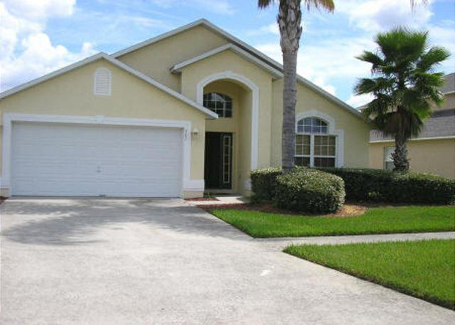 4 BEDROOM 2 BATHROOM HOME WITH A PRIVATE POOL, LAKE VIEW, AND GAMING ROOM - Image 1 - Kissimmee - rentals