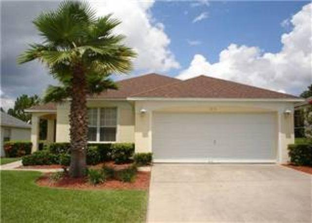 4 BED 3 BATH HOME WITH PRIVATE POOL - 2 MASTERS - GATED COMMUNITY - Image 1 - Haines City - rentals