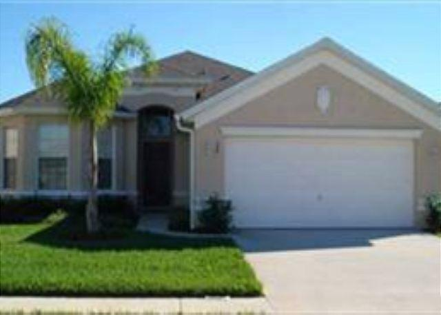 4 BED 3 BATH HOME WITH PRIVATE POOL AND SPA - IN GATED COMMUNITY - SLEEPS 10 - Image 1 - Haines City - rentals