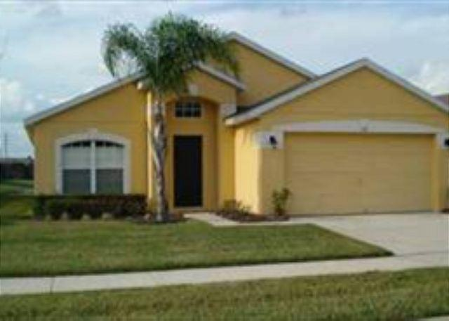 4 BED 3 BATH HOME WITH PRIVATE POOL AND WATER VIEW - SLEEPS 10 - Image 1 - Davenport - rentals