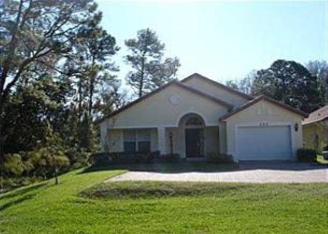 4 BED 3 BATH HOME WITH 2 MASTERS, POOL, BACKS TO CONSERVATION, SLEEPS 10 - Image 1 - Davenport - rentals