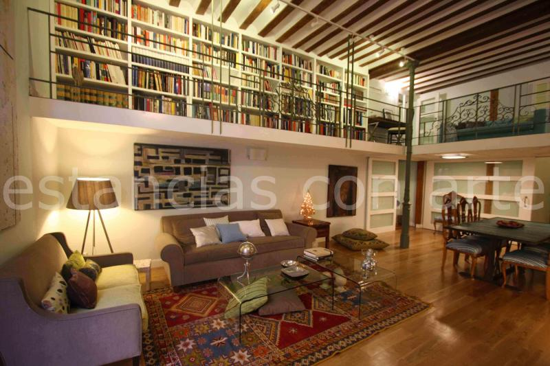 Living-room - Amazing historical Palace-House at Madrid downtown - Madrid - rentals