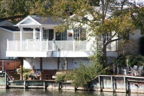 Ocean Lakes Lakefront Palace - Image 1 - Myrtle Beach - rentals