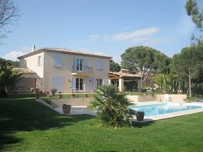 Garden and House - Spacious 5 bed villa near Grimaud, St Tropez. - Grimaud - rentals