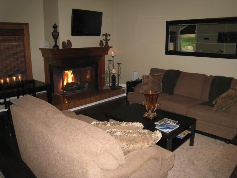 2 bd 2 bthw/loft! Canyon Racquet Remodel, HOT TUB - Image 1 - Cottonwood Heights - rentals
