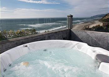 Hot tub View - Pirates Lookout --Oceanfront with Hot tub! - Lincoln City - rentals
