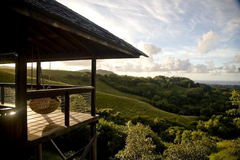 Secluded pastures with the views that stretch forever, compound offers splendid isolation. - Eco-chic luxury romantic retreat on Kaua`i - Kalaheo - rentals