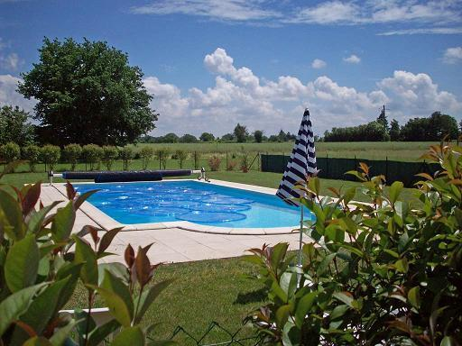 Heated Swimming Pool - La Vieille Laiterie 1 Bedroom Family Gite - Brux - rentals