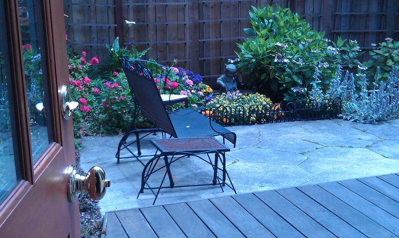 Lovely Garden Suite with Easy Access to all of S.F. - Image 1 - San Francisco - rentals