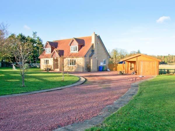 MILLENNIUM COTTAGE, games room, ample off road parking, gardens, in Embleton, Ref 20697 - Image 1 - Embleton - rentals
