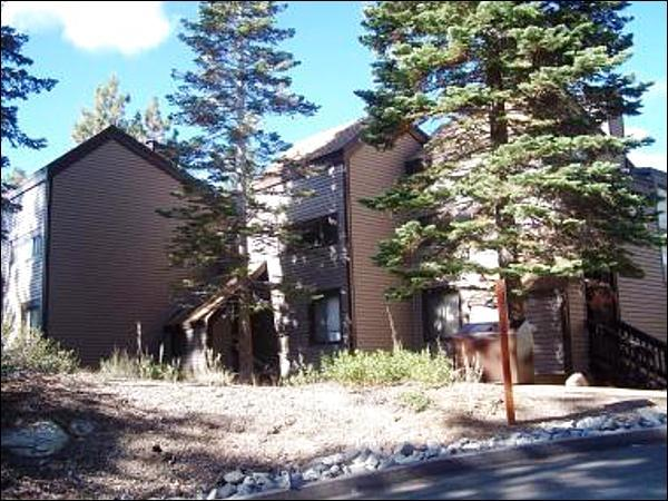 The Condo Surrounded by Tall Trees - Lake Village Two-Level Townhome - Budget Friendly with Great Amenities (1233) - Lake Tahoe - rentals